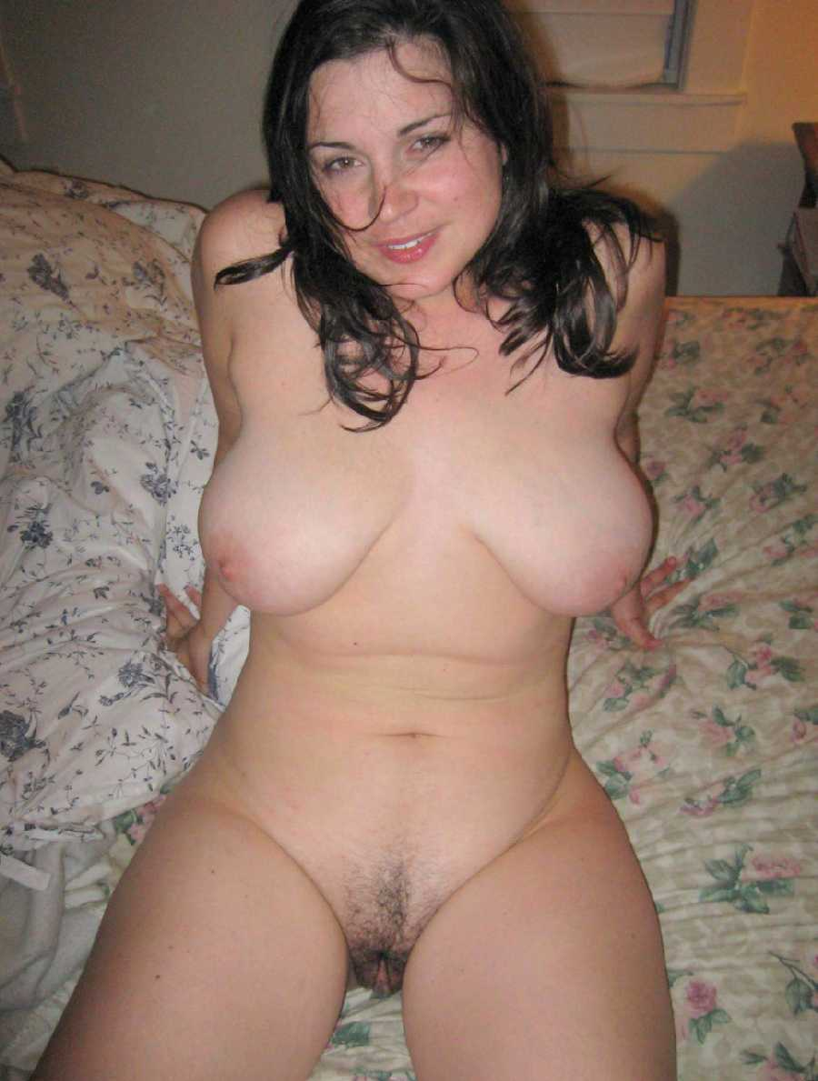 Hot nude amateur milfs sex photo